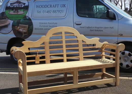 Loading up! the Lutyens wooden bench