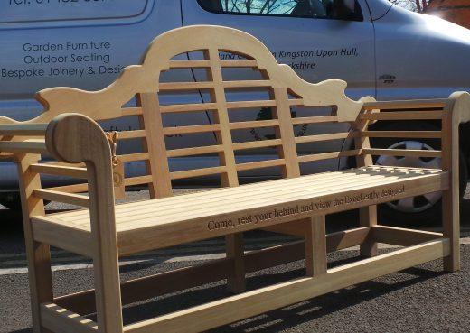 The wooden Lutyens bench