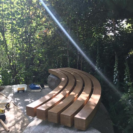 Installing the Woodcraft bench at the RHS Flower Show 2019
