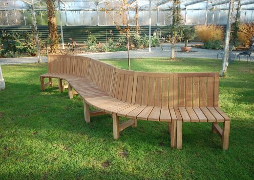 Snaking round any perimeter: The Saltwick curved bench