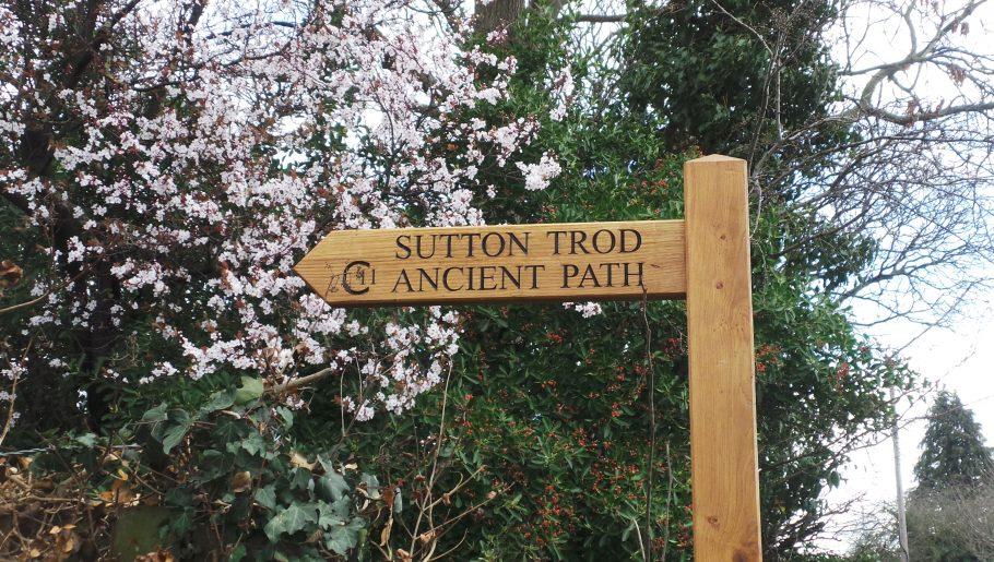 Sutton Trod Wayfinding posts in situ.