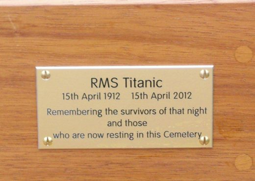 Plaque on the Titanic Bench