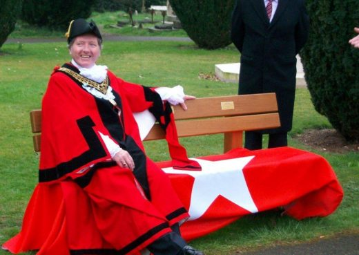 The mayor taking a very very very much earned rest on the Titanic bench