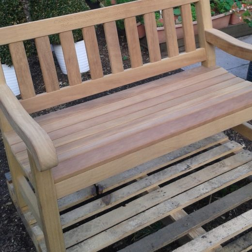A new York bench delivered to the RHC
