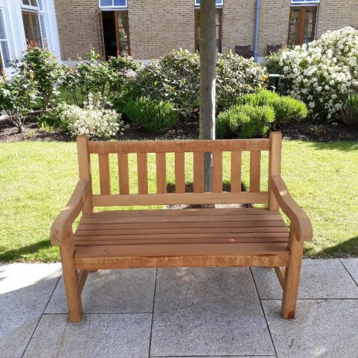 A 4 foot York bench installed at the Royal Hospital Chelsea
