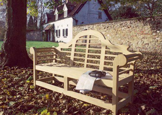 The iconic Lutyens garden bench by Woodcraft UK