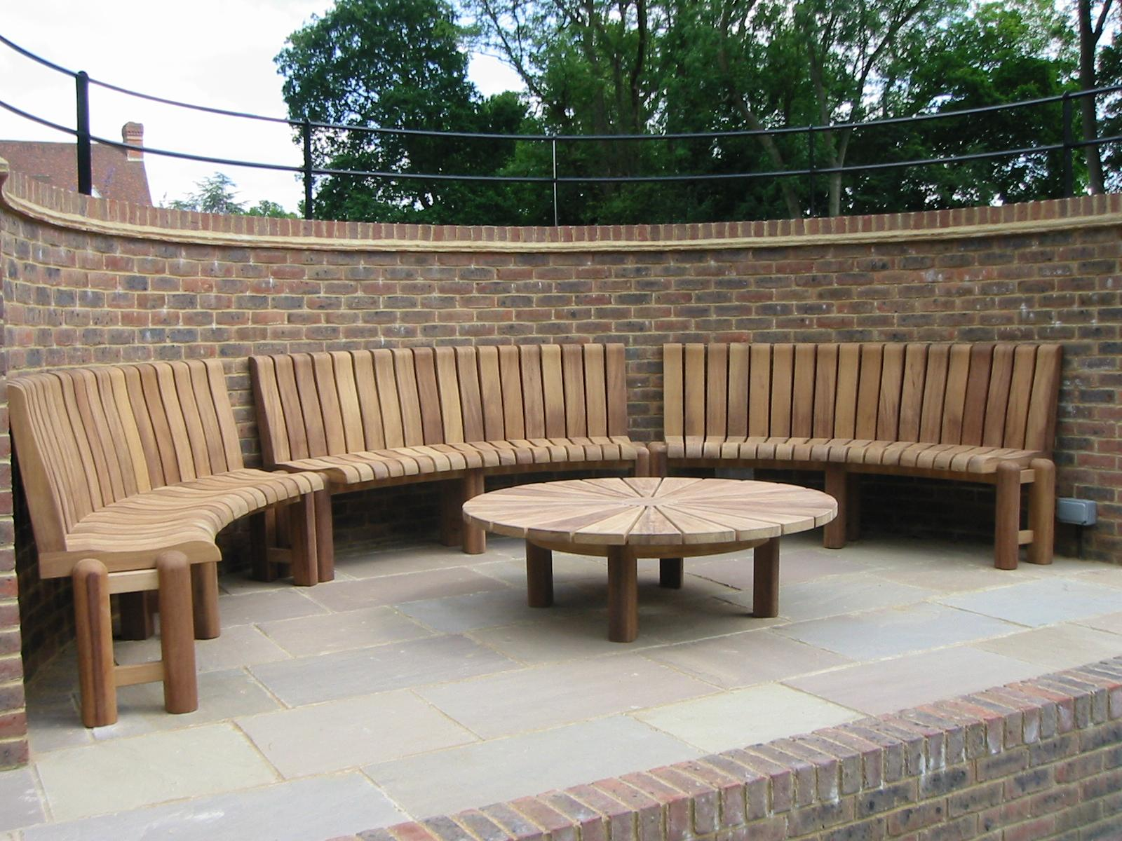 Picture of: Curved Wooden Garden Benches Handcrafted In Yorkshire Woodcraft Uk
