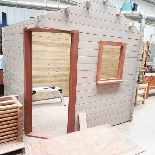 Wooden cabin assembly