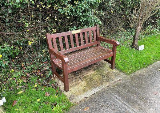 A Woodcraft York 4ft bench