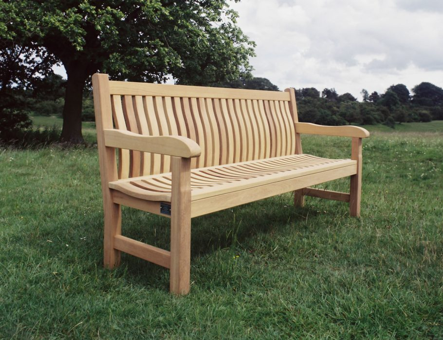 The curvaceous Scarborough bench