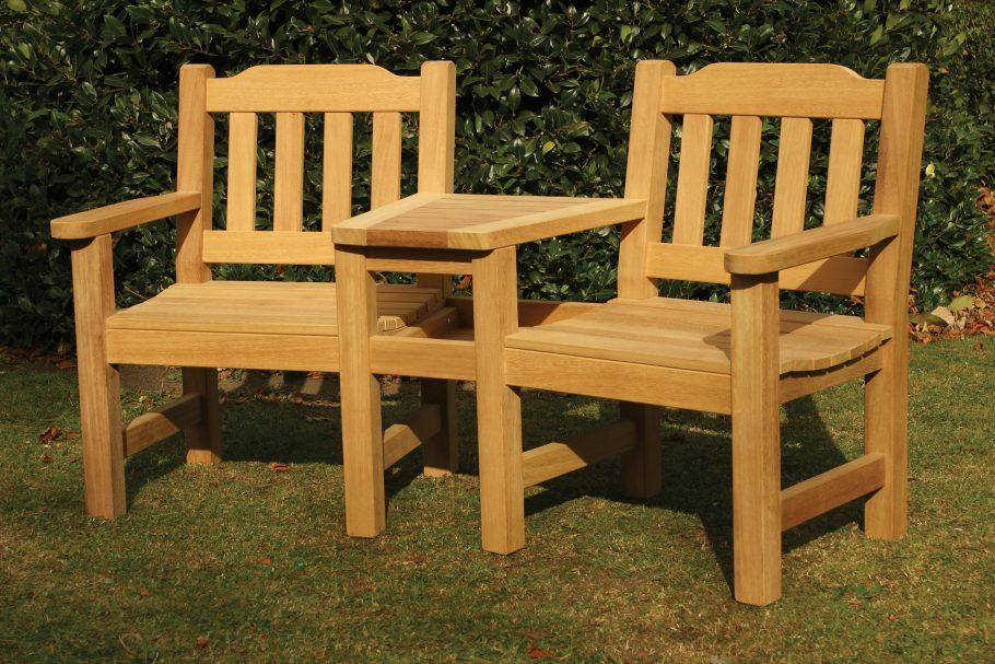 Helmsley companion garden bench