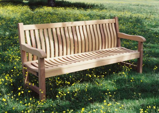 The Scarborough wooden bench with curved back