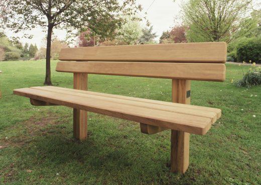 Staxton garden bench front view
