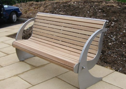 The Spinnaker Pathway Bench
