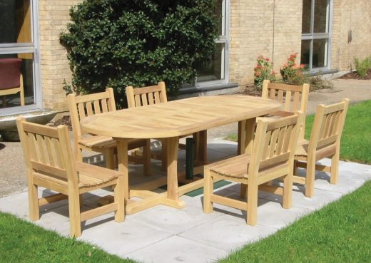 The Wetherby Dining Table with York chairs